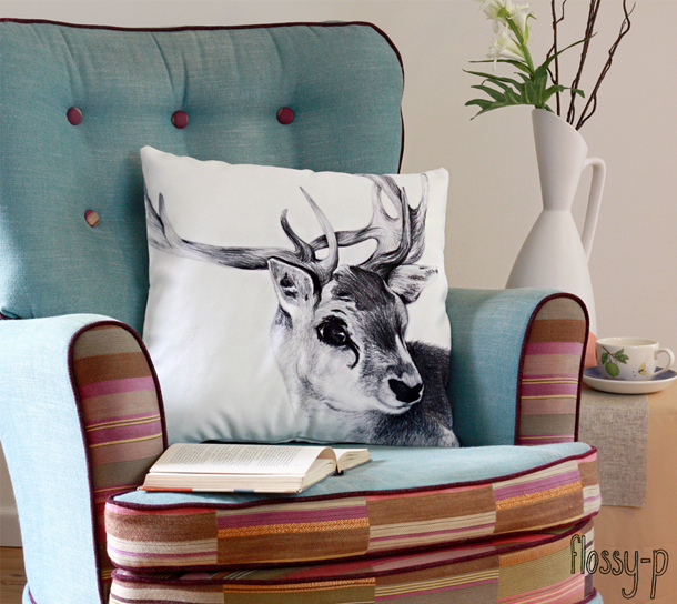 flossy-p Reindeer Cushion